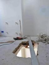 L'ETAGE : travaux ; réalisation du puit de lumière au-dessus de la nouvelle cuisine