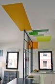 APRÈS : verrière et rectangles de couleur créent un lien en hauteur