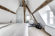 APRES : reflets et perspectives dans l'intimité de l'espace chambre