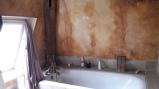 AVANT : une baignoire peu engageante