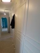 TRAVAUX : attirer l'oeil au fond du couloir et sublimer l'arche grâce au bleu éclatant de l'entrée